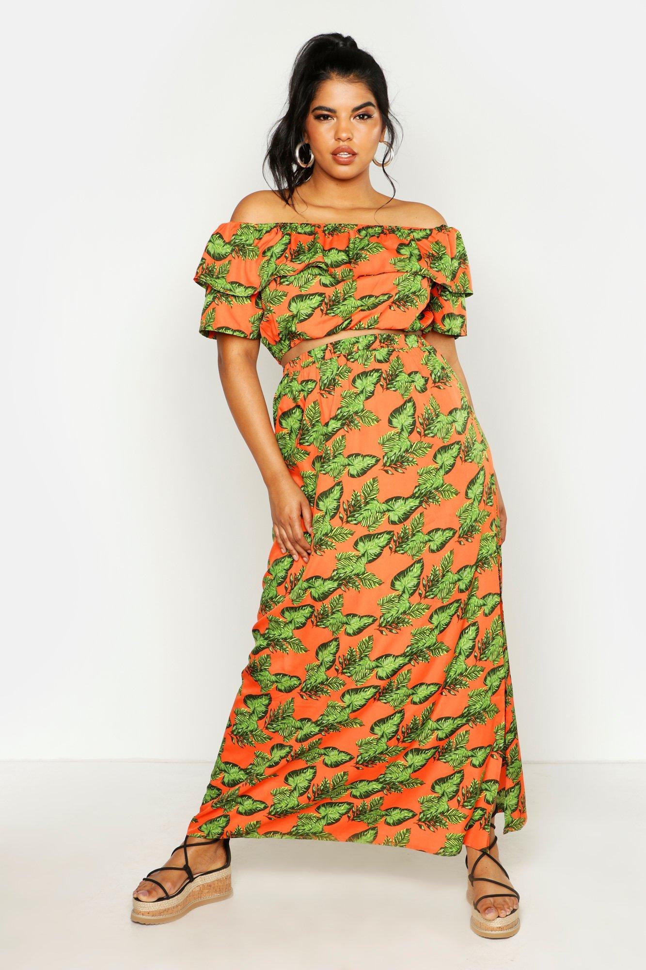 Womens Plus Zweiteiler bestehend aus schulterfreiem Oberteil und Maxirock mit hellem Tropical-Print - orange - 42, Orange - Boohoo.com