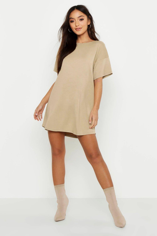 Womens Petite T-Shirt-Kleid mit CURVED Saum - steingrau - 30, Steingrau - Boohoo.com