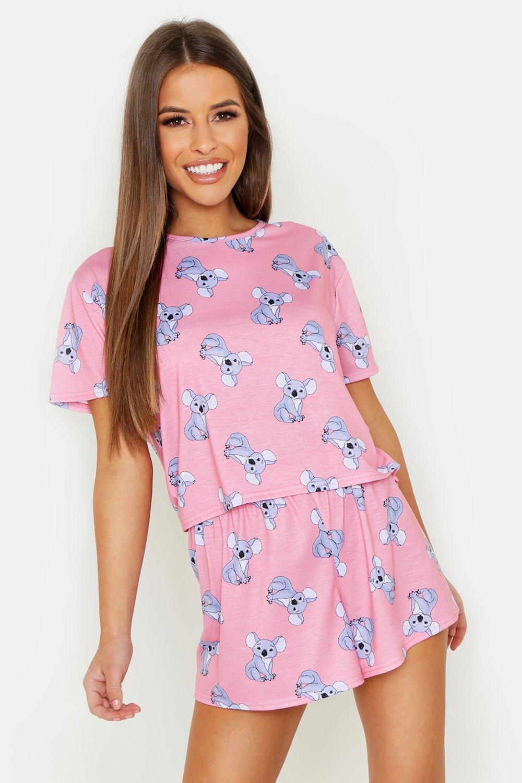Купить Nightwear, Из коллекции <Petite> - пижама с шортами с принтом с коалой, boohoo