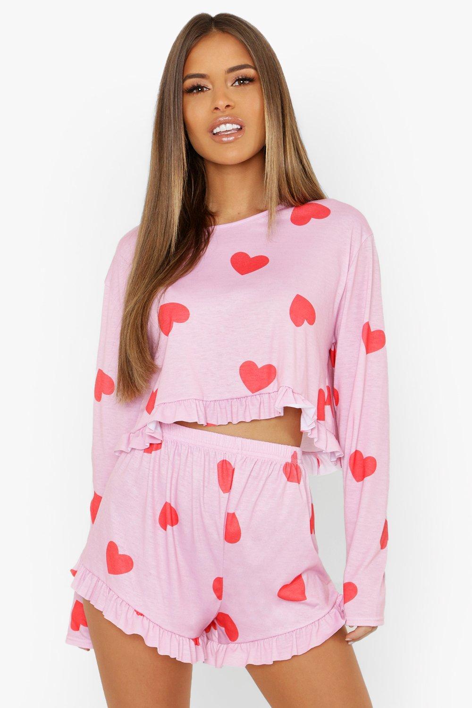 Купить Nightwear, Из коллекции <Petite> - пижамные шорты с оборкой с принтом в виде сердечек, boohoo