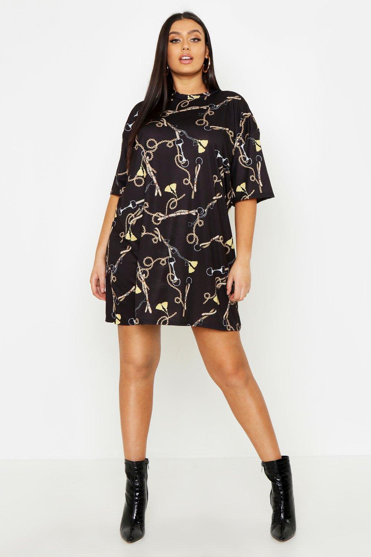 Купить Плюс сайз - платье-футболка с принтом из цепочек, boohoo