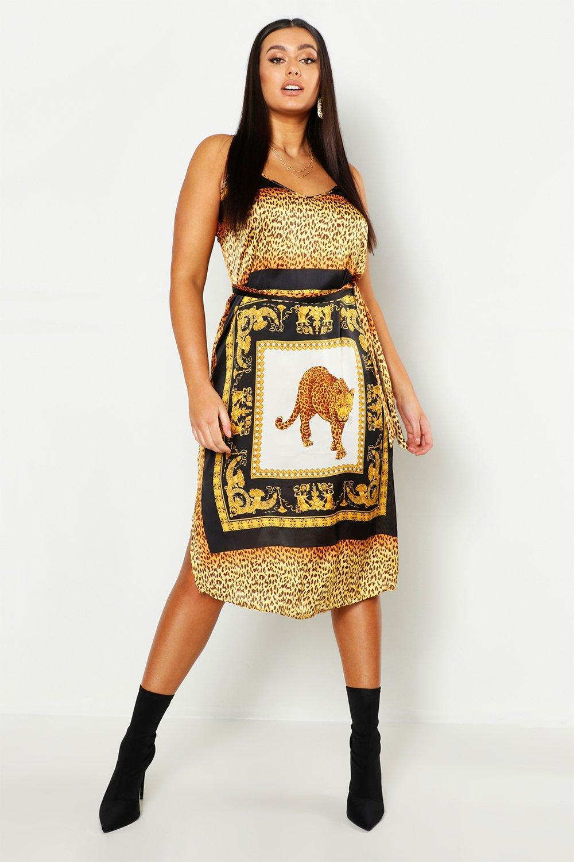 Купить Dresses, Plus Chain Print Slip Midi Dress, boohoo
