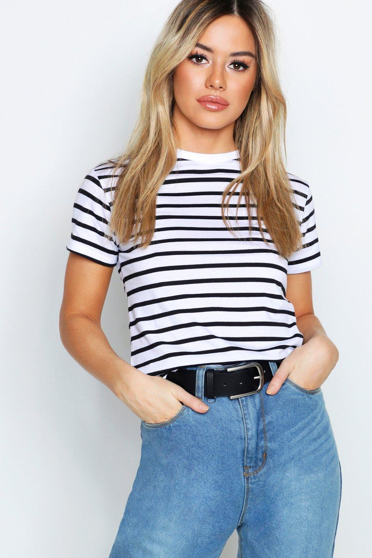 Womens Petite gestreiftes, kurzes T-Shirt aus Baumwolle mit unversäumten Schnittkanten - Weiß - 40, Weiß - Boohoo.com