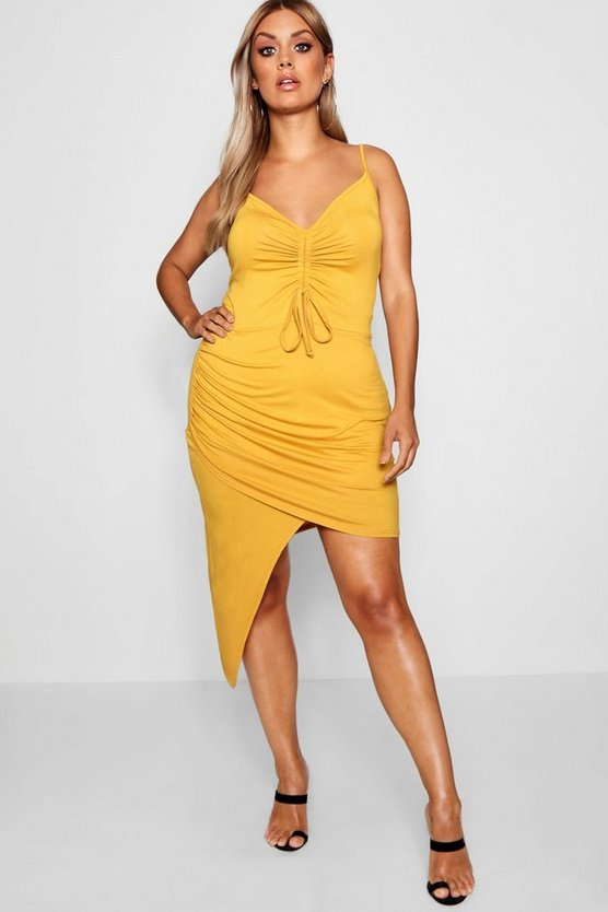 Plus Fi Ruched Bodycon Dress With Asymmetric Hem