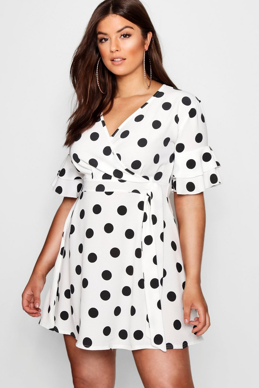 Big Discount Online Boohoo Plus Ruffle Sleeve Polka Dot Skater Dress Outlet Manchester Great Sale Low Cost Cheap Online Get To Buy Cheap Price Zg9ZKns