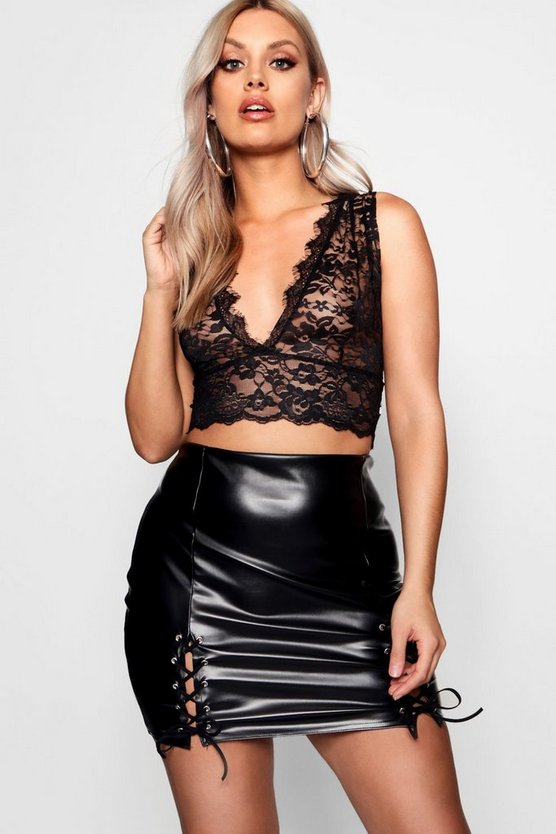 Plus Darcy Plunge Lace Bralet