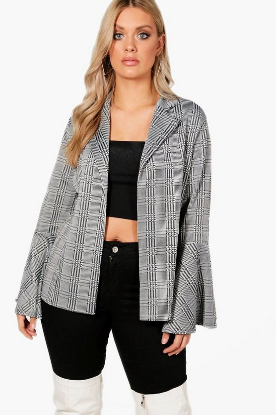 Plus Flare Sleeve Check Blazer