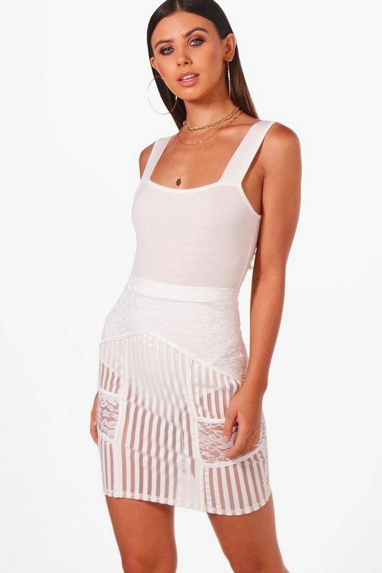 Petite Chelsea Square Neck Basic Strappy Bodysuit