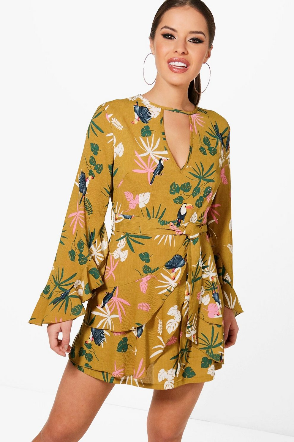 Boohoo Petite Ruffle Detail Tea Skater Dress Shop For Online Outlet Locations Cheap Price Cheap Sale Footaction Free Shipping Sale Online Cheap In China d3gDEu2