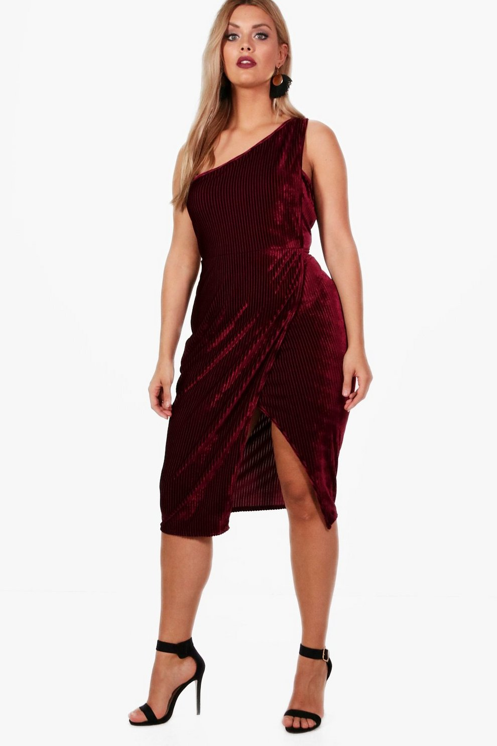 Boohoo Plus Detail Velvet Midi Dress