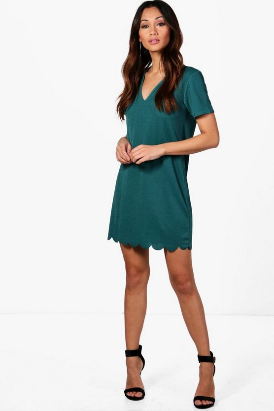 Petite Scallop Hem Plunge Shift Dress