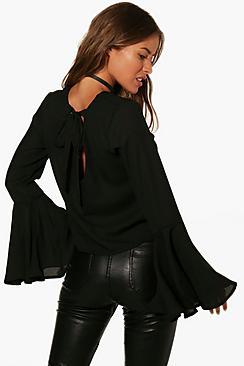 Petite Tanya zum binden hinten mit Bluse mit Trompetenärmeln - Boohoo.com