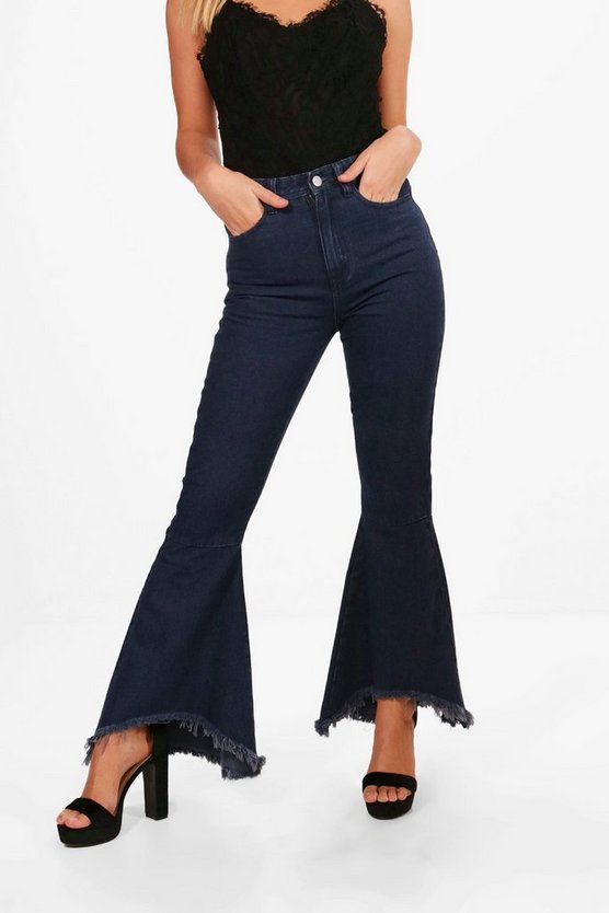 Petite Extreme Flare Jean
