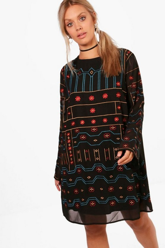 Plus Jordan Embroidered Shift Dress