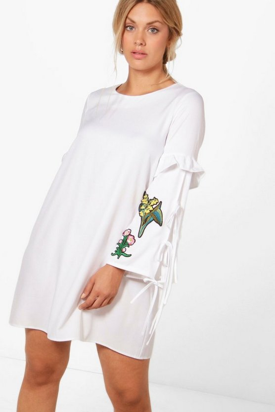 Plus Amber Embroidered Shift Dress