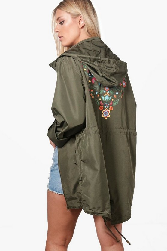 Plus Danielle Embroidery Print Back Mac