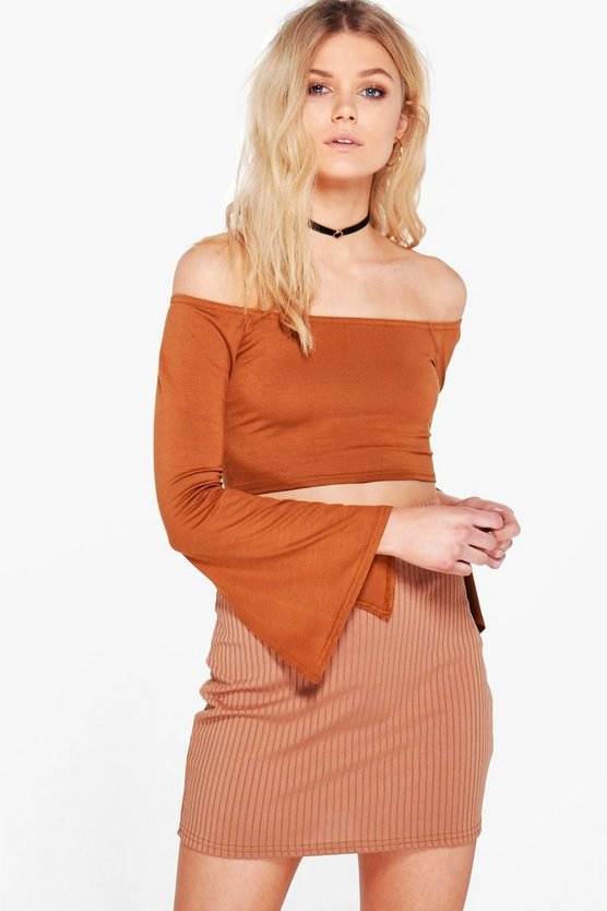 Petite Tilly Off The Shoulder Split Cuff Crop