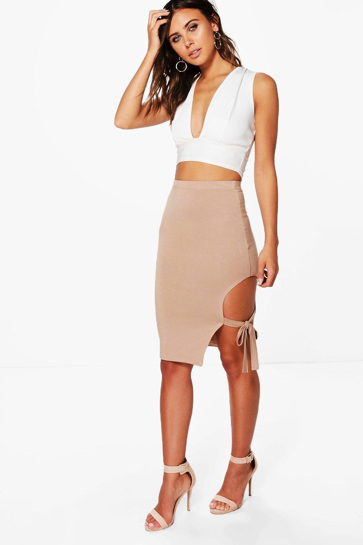 Petite Skirt | Shop all Petite Skirts at boohoo