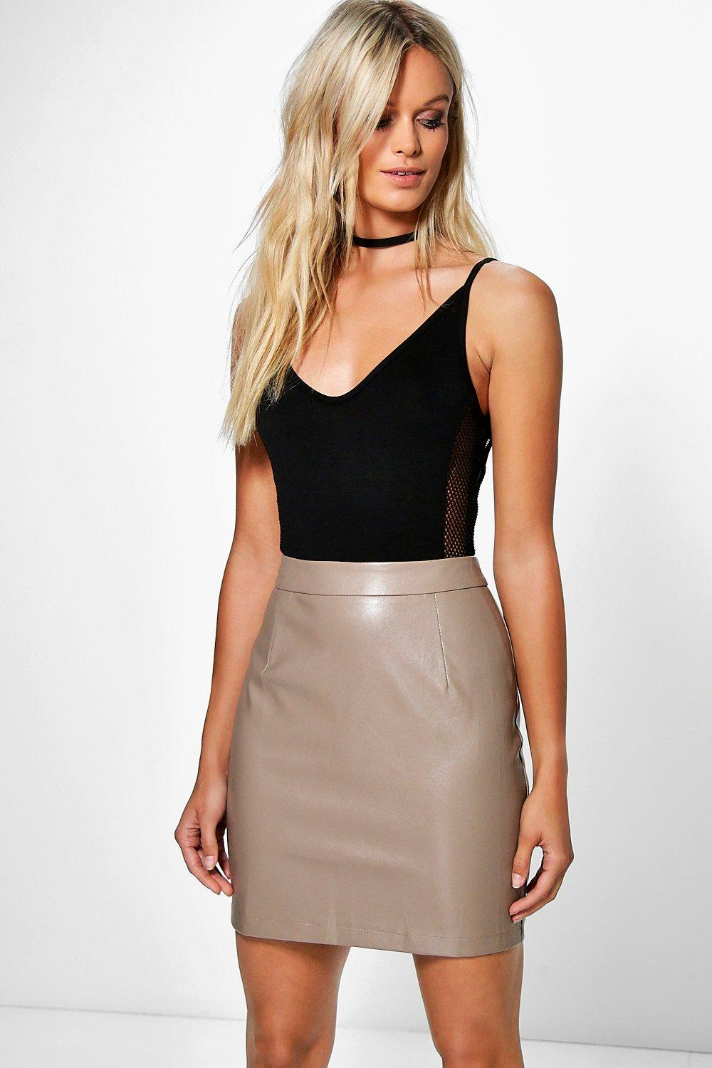 Petite Skirt | Shop all Petite Skirts at boohoo