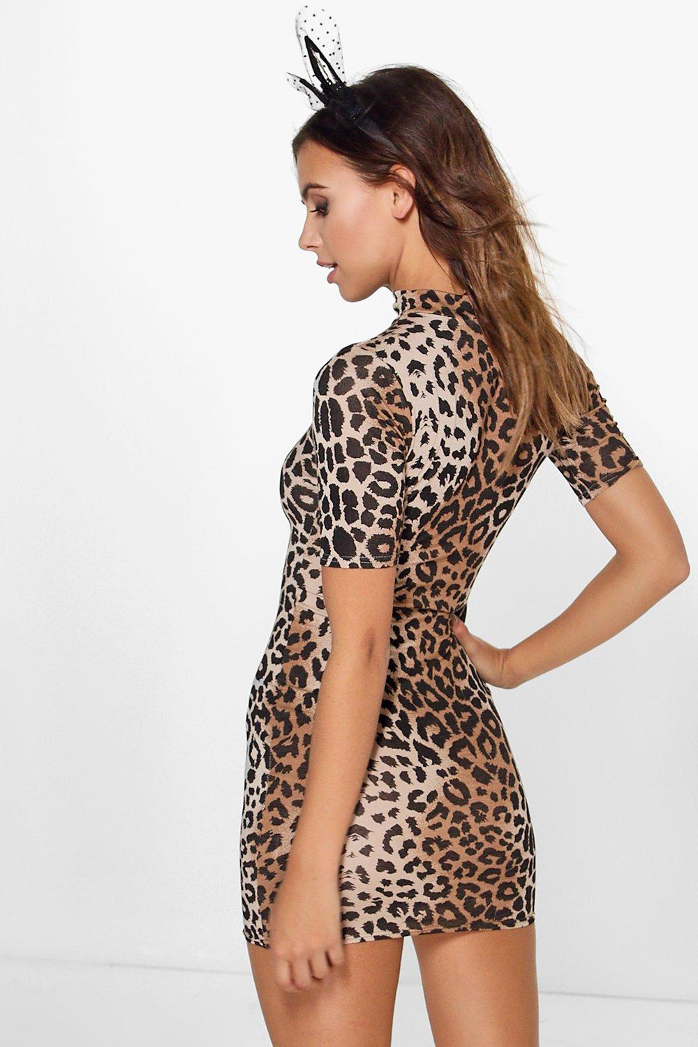 Boohoo Petite Halloween Leopard Print Bodycon Dress Outlet Real Discount Real Limited Edition Sale Online Fast Shipping Outlet Official OaFEv0