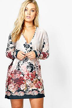 Plus Tilly Plunge Border Printed Shift Dress