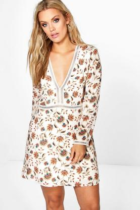 Plus Annie Floral Plunge Skater Dress