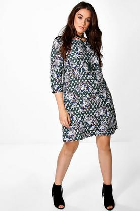 Plus Lizzy Tassel Detail 3/4 Sleeve Shift Dress