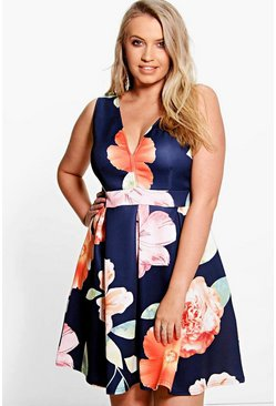 Plus Katie Plunge Neck Floral Skater Dress