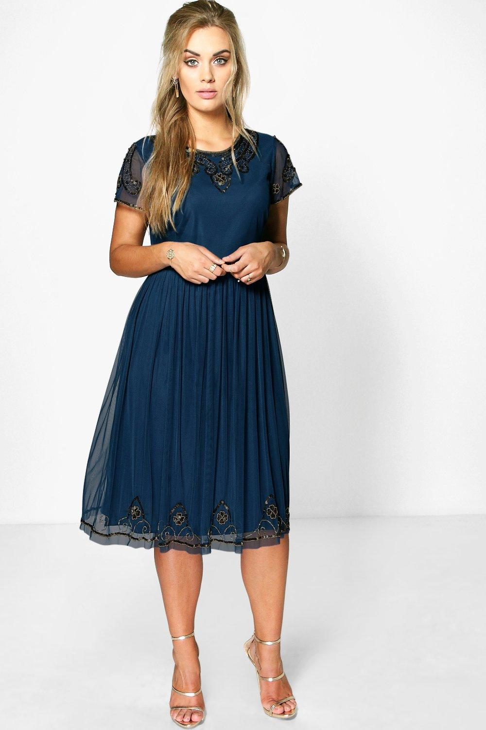 Plus Daisy Embroidered Sequin Midi Dress