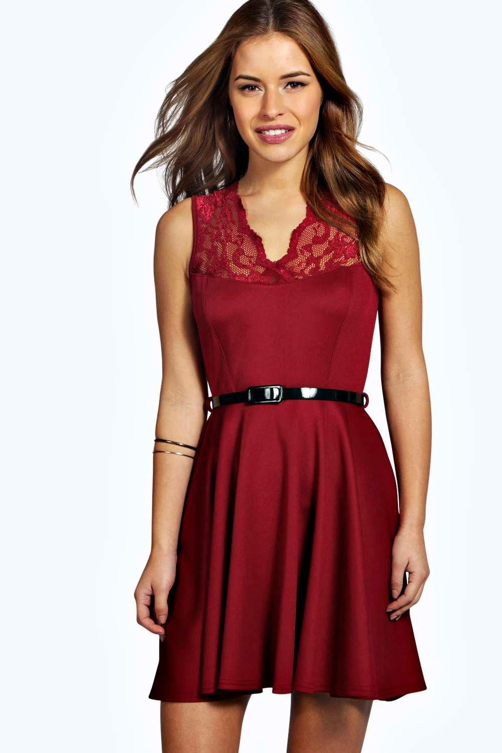 Petite Lizzie Scallop Lace Belted Skater Dress