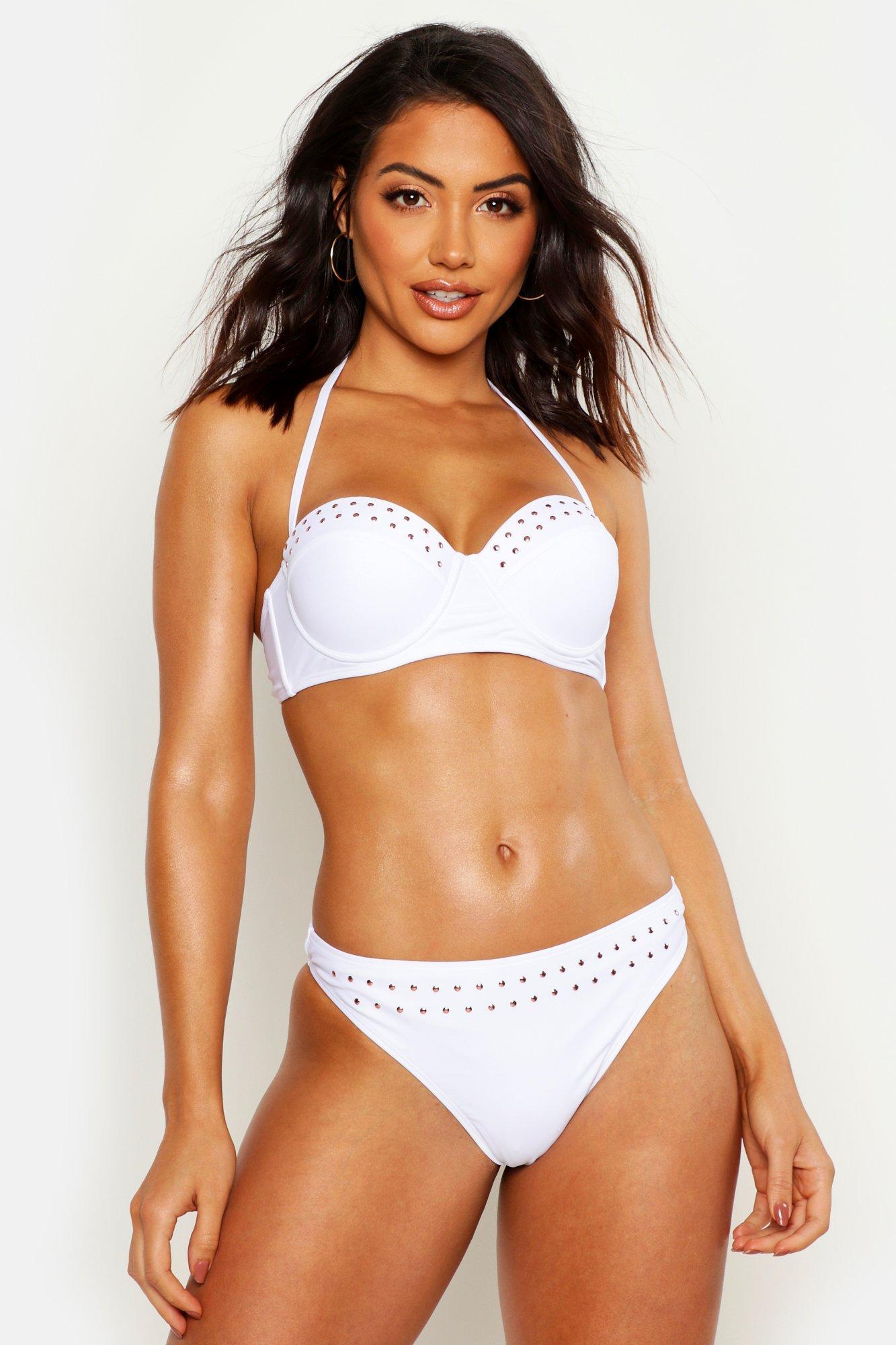 Womens Mix & Match Nietenbesetztes Bikinioberteil mit Bügeln - Weiß - 32, Weiß - Boohoo.com