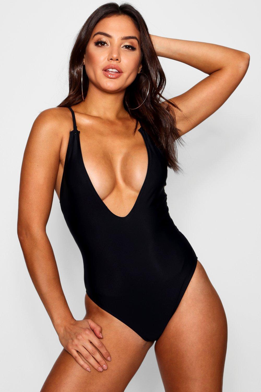 Swimsuits, Купальник Arizona с перекрещенными бретельками на спине с глубоким декольте, boohoo  - купить со скидкой
