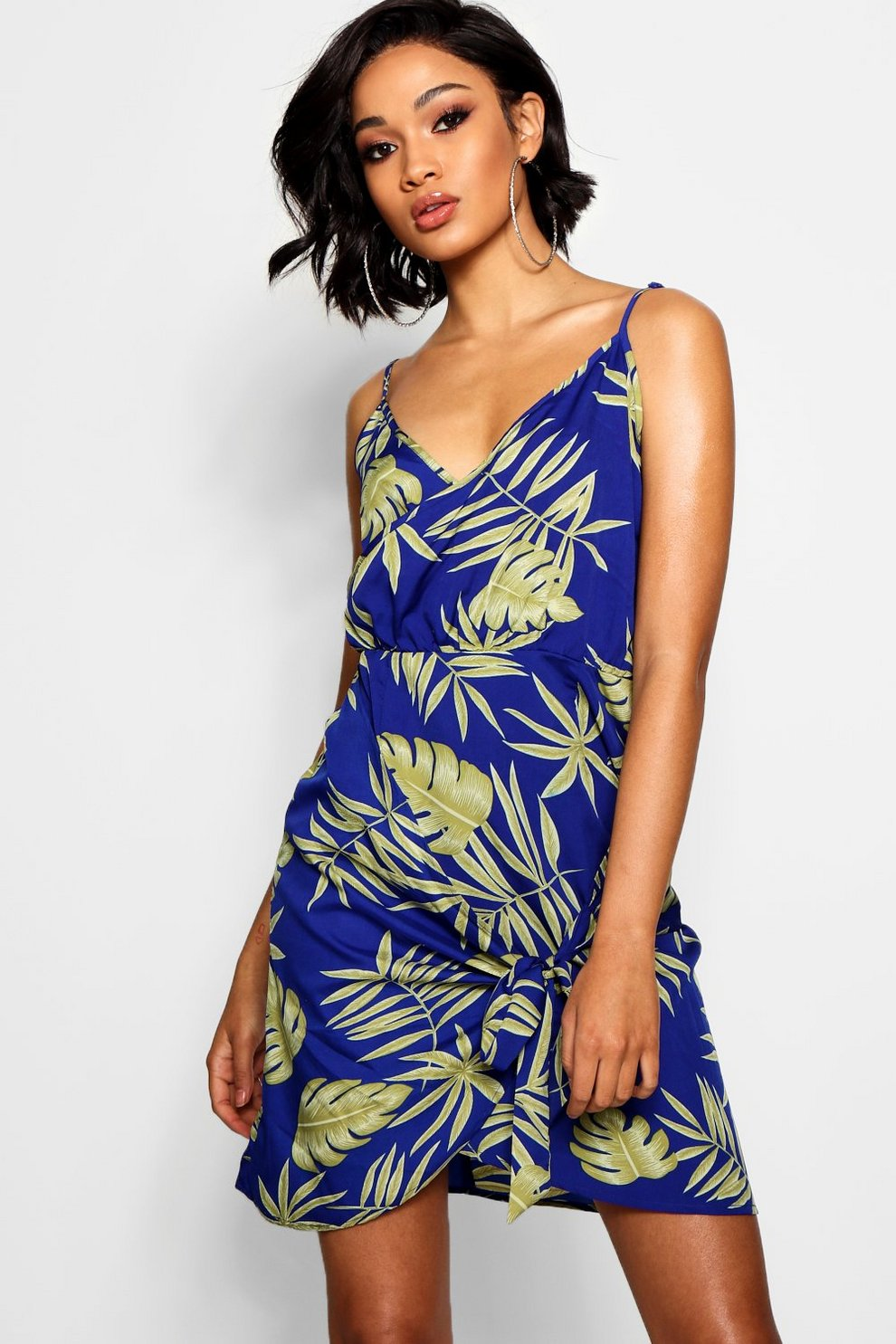 Buy Cheap Release Dates Footlocker Boohoo Tie Shoulder Wrap Palm Print Shift Dress Authentic Cheap Price Cheap Sale Ebay Outlet Best Place KE3s3vbqH