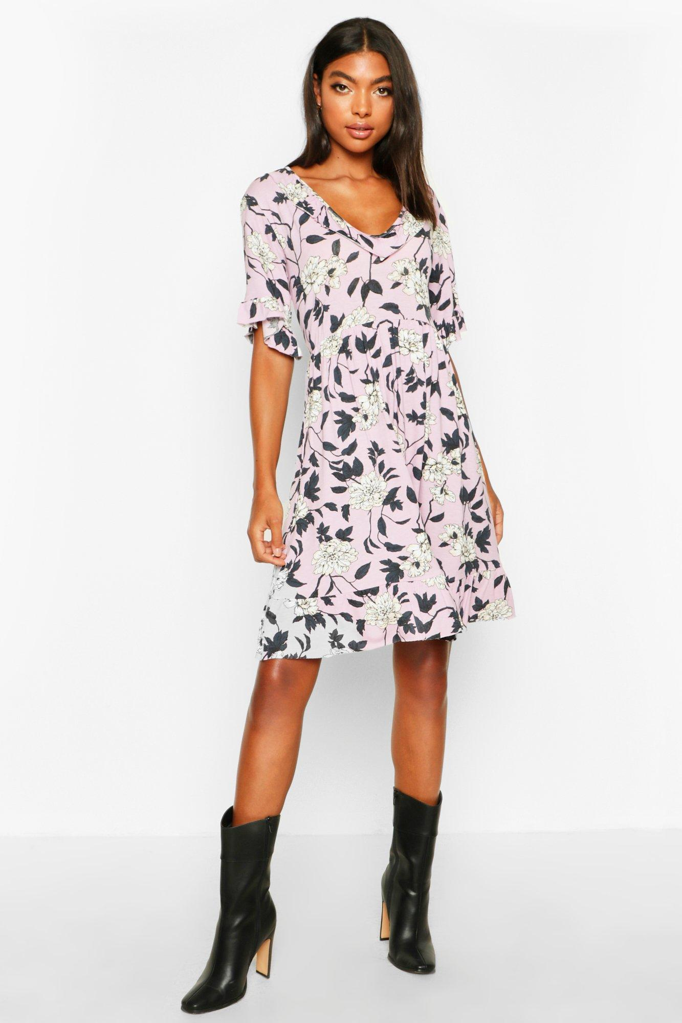 £5 Dresses Tall Plunge Ruffle Floral Smock Dress
