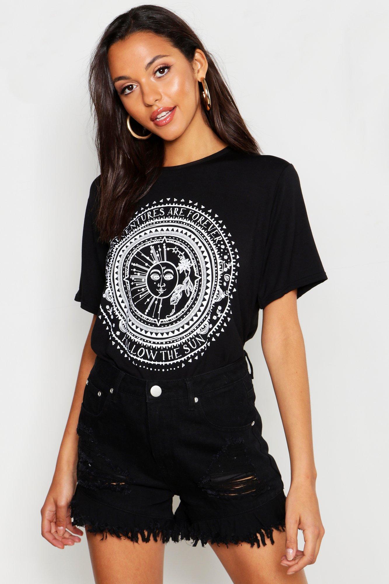 Womens Tall T-Shirt mit Sonne- und Mond-Print - schwarz - 32, Schwarz - Boohoo.com