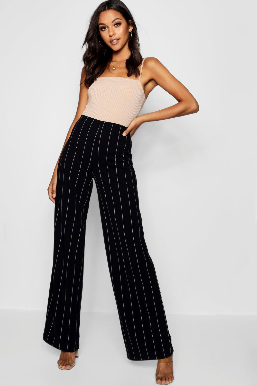 Купить Trousers, Широкие брюки в мелкую полоску из коллекции <Tall>, boohoo