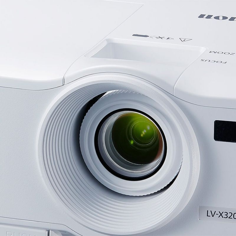Simple and efficient close up beauty shot LV-X320
