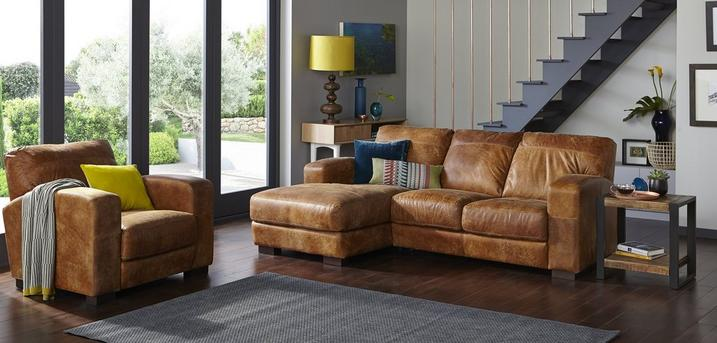 Caesar Brown Sofa Roomset