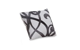 Pattern Scatter Cushion Illusion