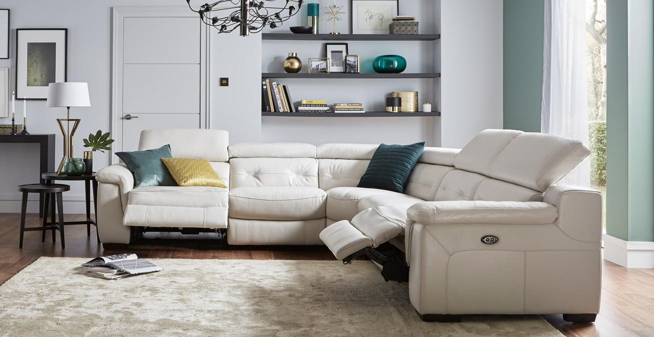 Discover just how comfortable a sofa can be with our wide range of recliner sofas. Whether you want a modern fabric recliner or a classic-looking recliner ... & Recliner Sofas In Fabric u0026 Leather Designs | DFS islam-shia.org