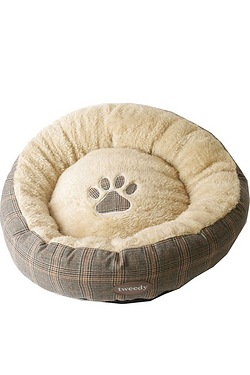 Tweedy Luxury Donut Bed