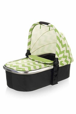 Obaby Chase Carrycot - Zigzag