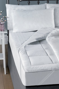 Downland Easy Wash Mattress Protector