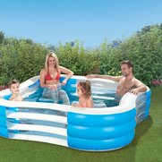 Deluxe Party Pool