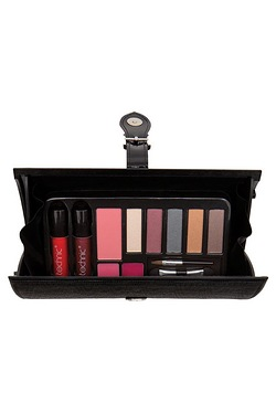 Technic: Clutch & Go Make Up
