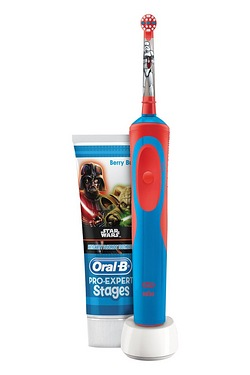 Oral B Star Wars Kids Gift Set Rechargeable Toothbrush