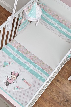 Minnie Mouse Quilt and Bumper