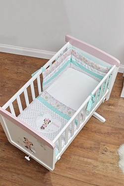 Minnie Mouse 3 Piece Crib Set