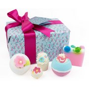 Bomb Cosmetics Gift Pack: Pocketful...