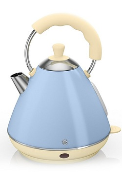 Swan 2L Retro Pyramid Kettle